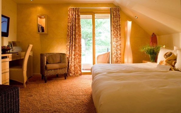 zimmer suiten lodges bollants. Black Bedroom Furniture Sets. Home Design Ideas