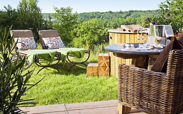 bollants bollants. Black Bedroom Furniture Sets. Home Design Ideas