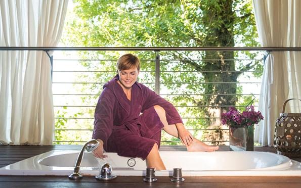 wellness pakete bollants. Black Bedroom Furniture Sets. Home Design Ideas