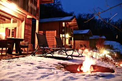 Winter Heimatlodges Feuer