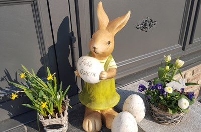 02 Bollants Hase Ostern